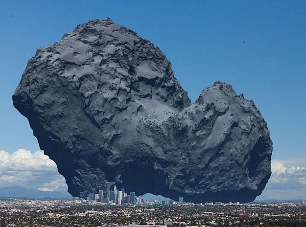 La comète Tchoury, si elle était posée à côté de Los Angeles