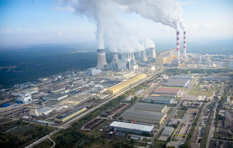 La centrale au charbon de Bełchatów en Pologne | Wikipédia