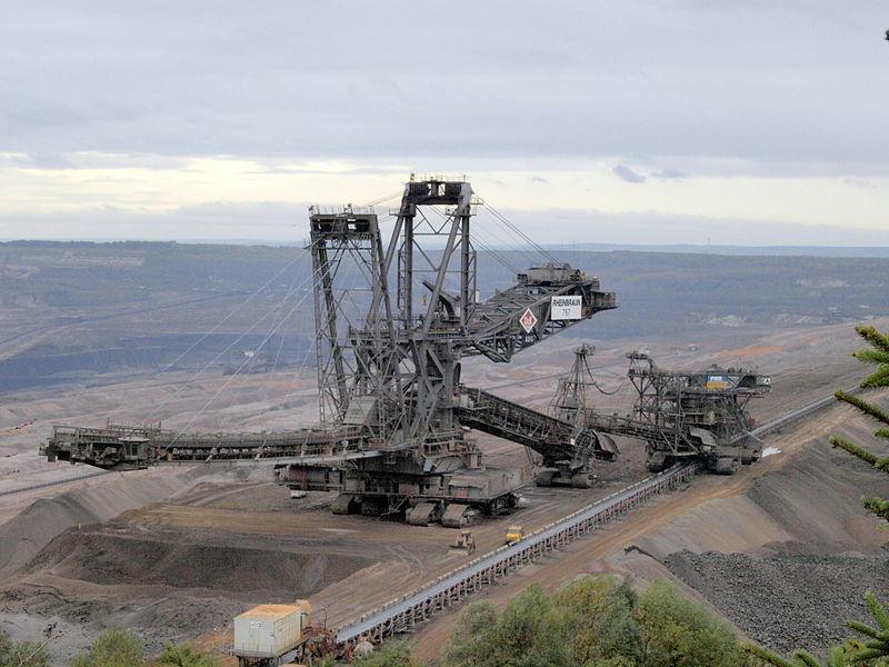 Le charbon est encore notre ami, on a toujours besoin de lui ! Ici, c'est une mine en Allemagne.